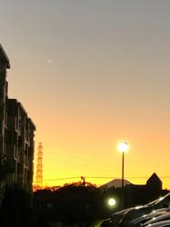 放課後の幽霊と夕焼けの帰り道